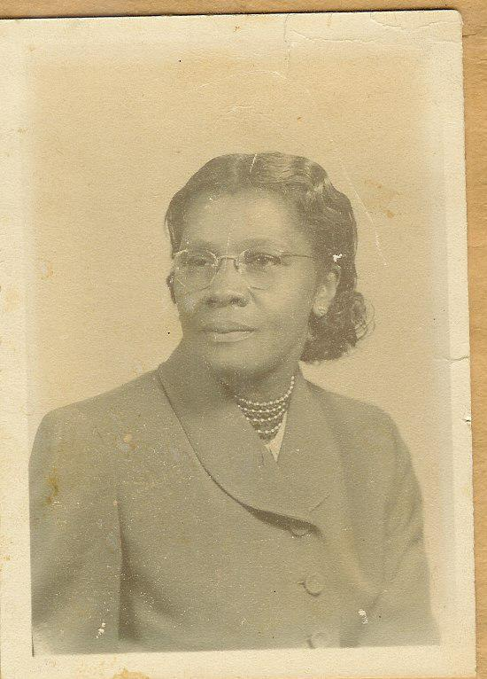 Carnival of African American Genealogy: Grandmother's Hands